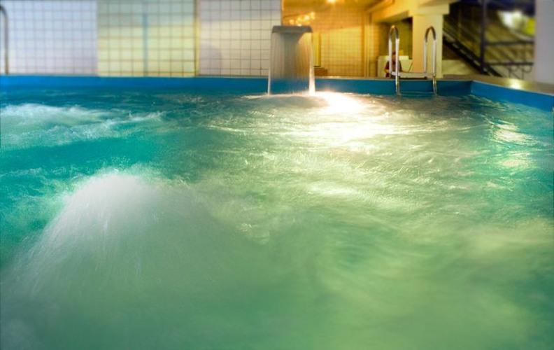 стоимость посещения аквапарка можно уточнить в отделе продаж.